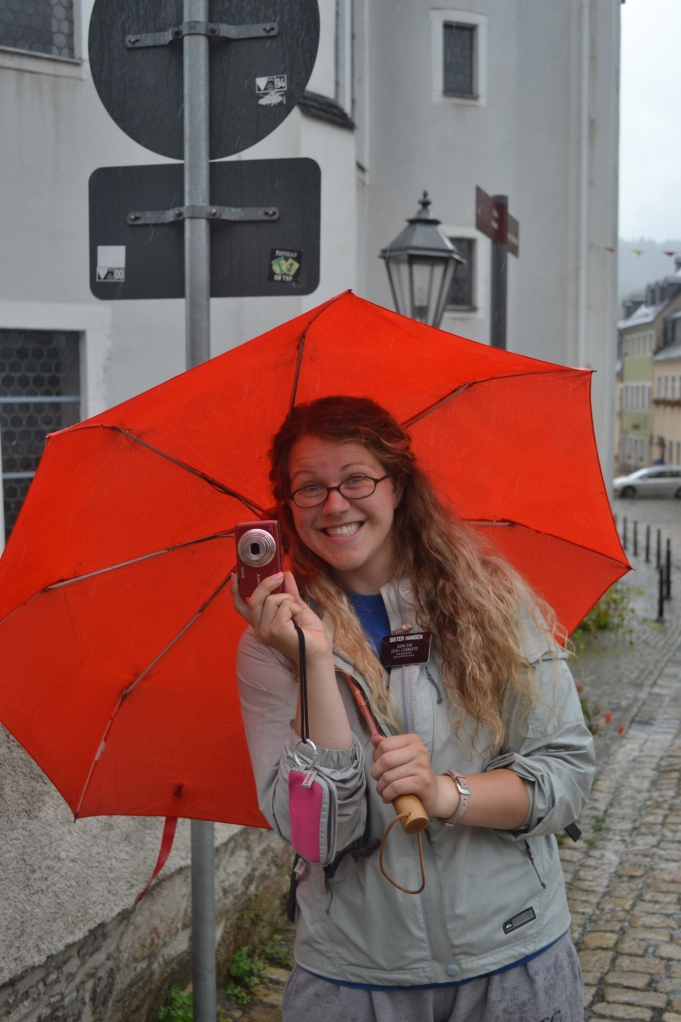 Sister Hansen. She works that rain shield!