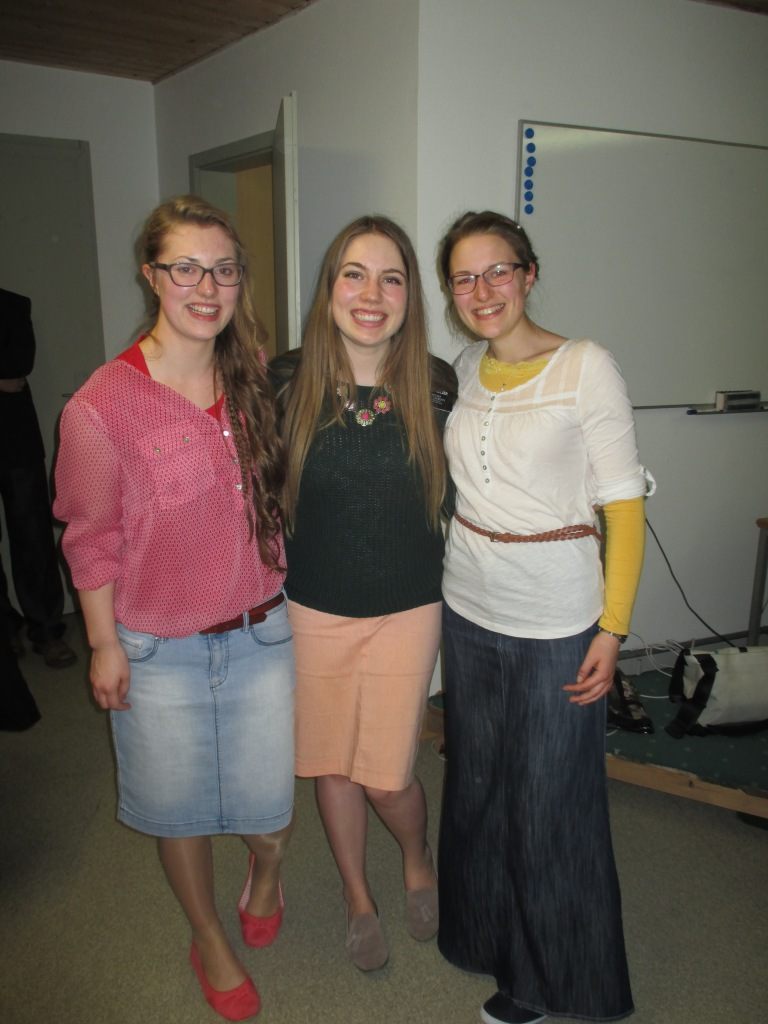 these girls are from that other church that I told you about last blog post. they are my soul sisters of schwarzenberg!